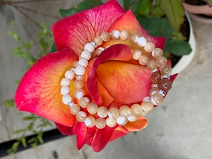 Mother of Pearl Gemstone Bracelet